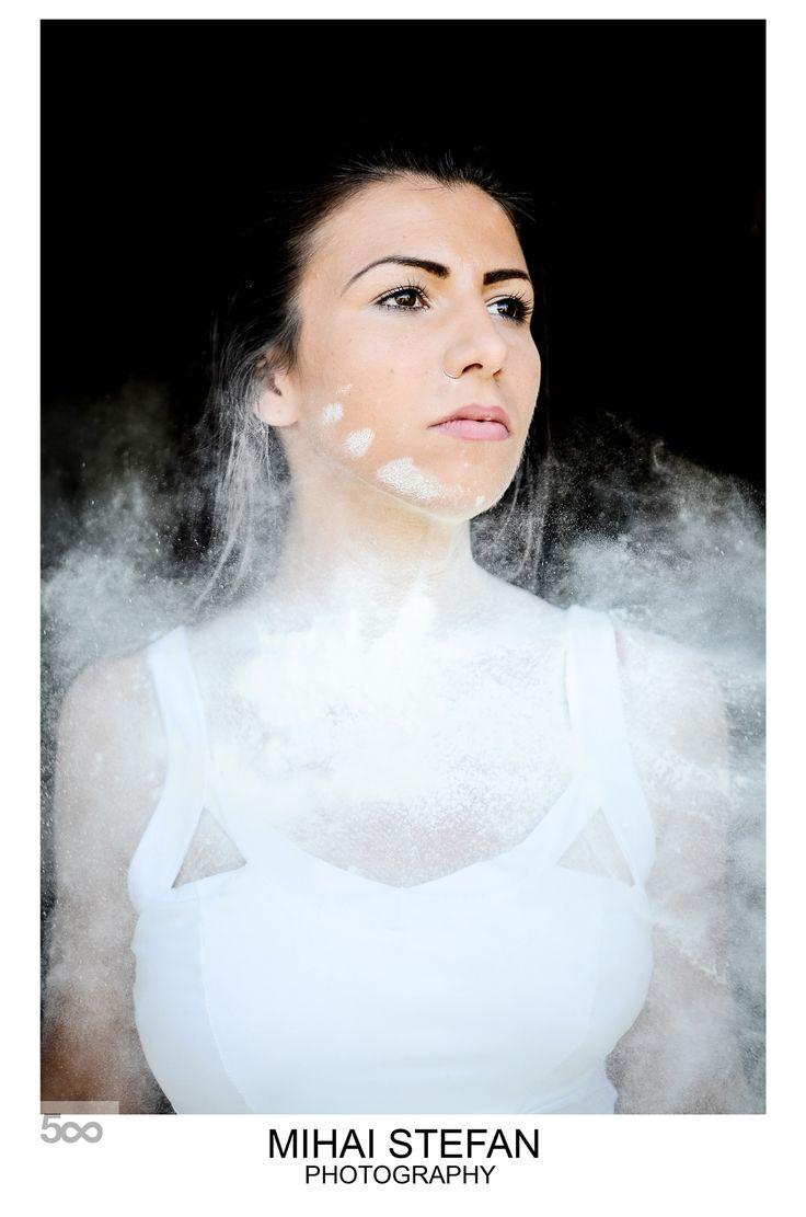 White Bomb, Fashion Shooting by Mihai Stefan Photography / Model: Virginia Anca Macicasan