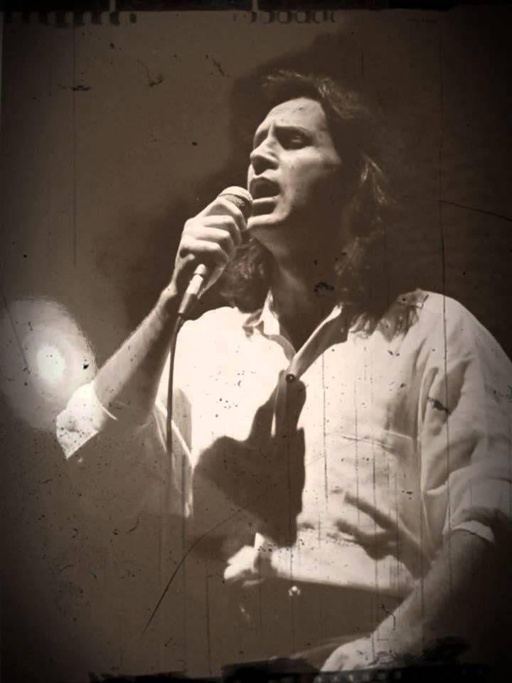 ΝΑ ΜΕ ΘΥΜΑΣΑΙ & ΝΑ Μ' ΑΓΑΠΑΣ - Γιώργος Νταλάρας #LIVE#