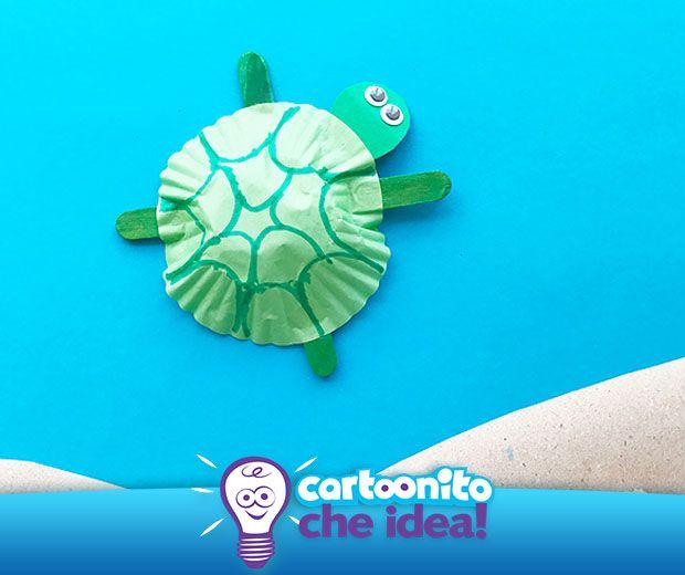 Con un pirottino e due bastoncini si possono realizzare grandi cose... come la dolce tartaruga! Tutte le istruzioni per realizzarla su #Cartoonitocheidea