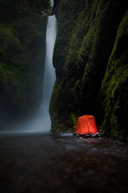 Camping by the waterfall, Oneonta Falls, Oregon, USA