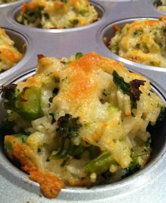 Best+Recipes+Cooking:+Baked+Cheddar-Broccoli+Rice+Cups