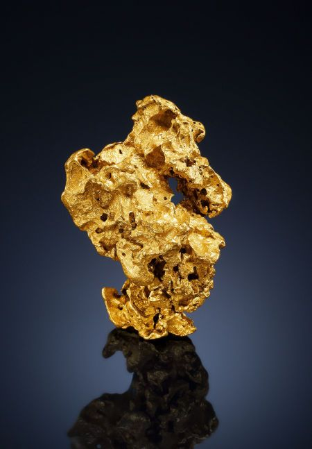 "NATIVE GOLD Golden Mile Mines, Kalgoorlie-Boulder Shire, Western Australia, Australia A classic, skeletal nugget from the ""Golden Mile"" of Australia"