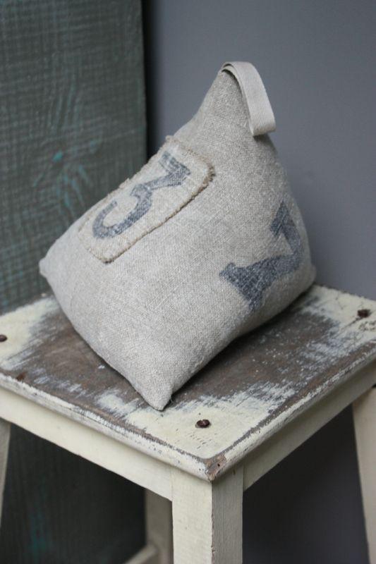 1110 best le grenier de ninon images on pinterest. Black Bedroom Furniture Sets. Home Design Ideas