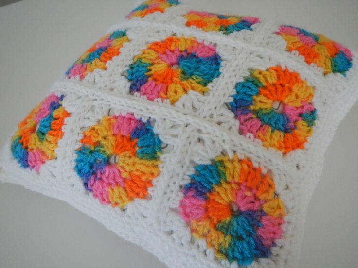 Rainbow Cushion Knitting Pattern : Apple Blossom Dreams: Rainbow Circle Pillow Crochet Cushions & Covers ...