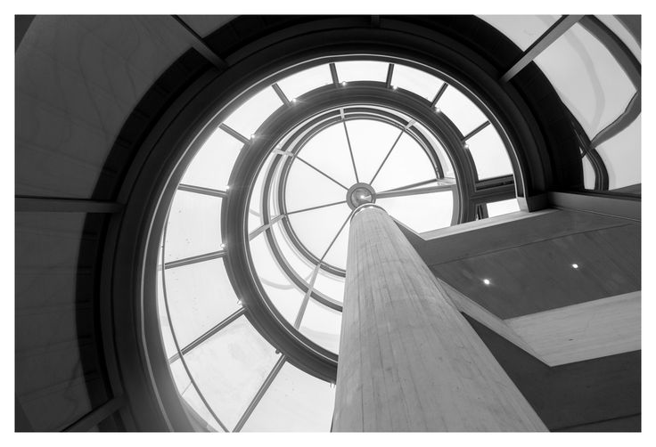 Deutsches Historisches Museum Exhibition Hall, Berlin   I. M. Pei #deutschland #deutschesmuseum #impei #spiral #glass #light #architecture #blackandwhite #monochrome #greyscale #berlin #germany