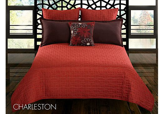 Shop for a Charleston 5 Pc Queen Bed Linen Set at Rooms To Go. Find Queen Linens that will look great in your home and complement the rest of your furniture. #iSofa #roomstogo
