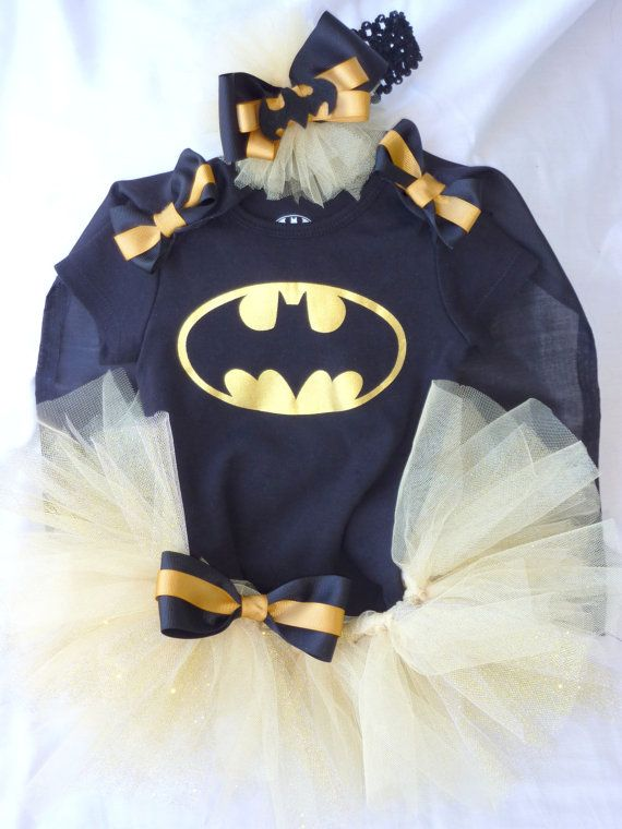Batman Tutu set With Detachable Cape for Baby by RolliePollieStore