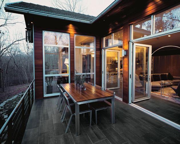 La soluzione ideale per un ambiente esterno che si trova in sintonia con quello interno! http://www.magazzinodellapiastrella.it/pavimentazioni-legno-esterno-firenze.php #pavimentiesterni #terrazza #pavimentiterrazzo #arredamentoesterno