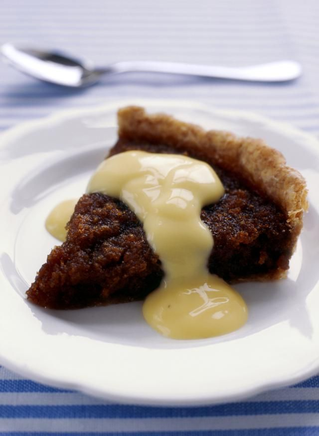 This simple vanilla sauce recipe, Vanillesauce in German, is used in all kinds of German desserts and sweet main dishes.