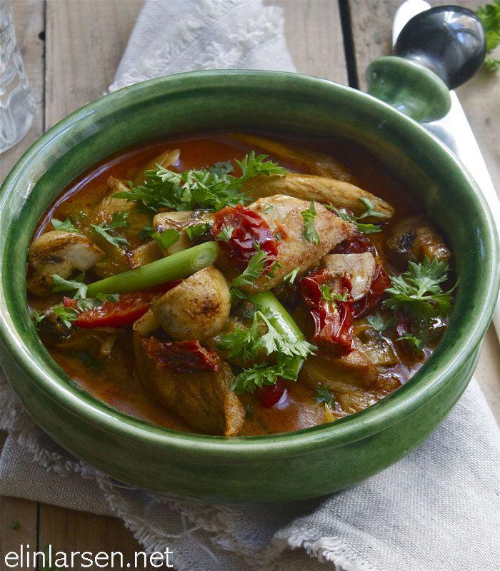 Kyllinggryte med paprika og stekt champignon