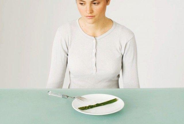 5 Cara Diet Mudah Tanpa Makan Nasi Tapi Tak Rasa Lapar!   Selalunya bila nak kuruskan badan je cara paling berkesan ialah dengan lakukan diet tanpa makan nasi. Ya memang berkesan dan ramai yang berjaya menurunkan berat badan dengan cara mengelakkan makanan ruji ini. Nasi  Tapi ramai yang tak sanggup lakukan sebab akan kelaparan jika tak makan nasi. Sebenarnya ada cara atau strategi mudah yang anda boleh lakukan untuk elakkan dari makan nasi. 1. Sarapan  Ambil satu mangkuk bijirin gandum dan…