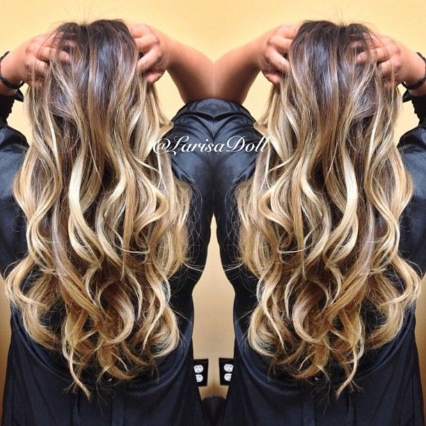 (No filter) Dark warm brown base ombre'd to light beige blonde highlites with…