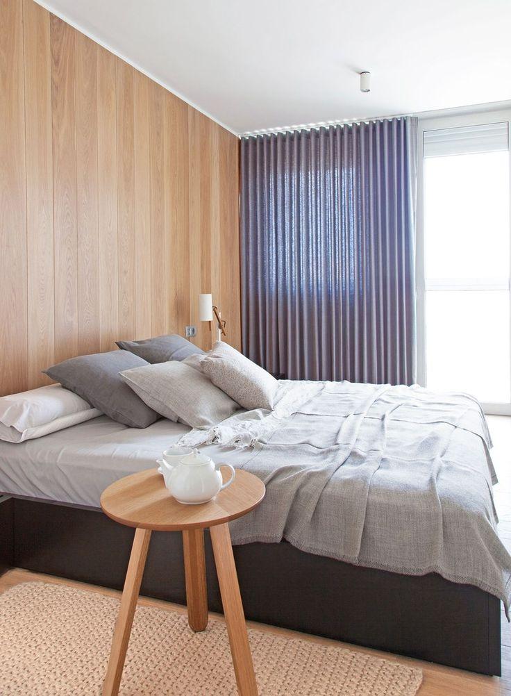 Masculine-Barcelona-Apartment_04.jpg