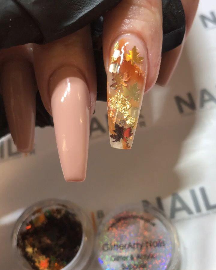 Nude autumn nails