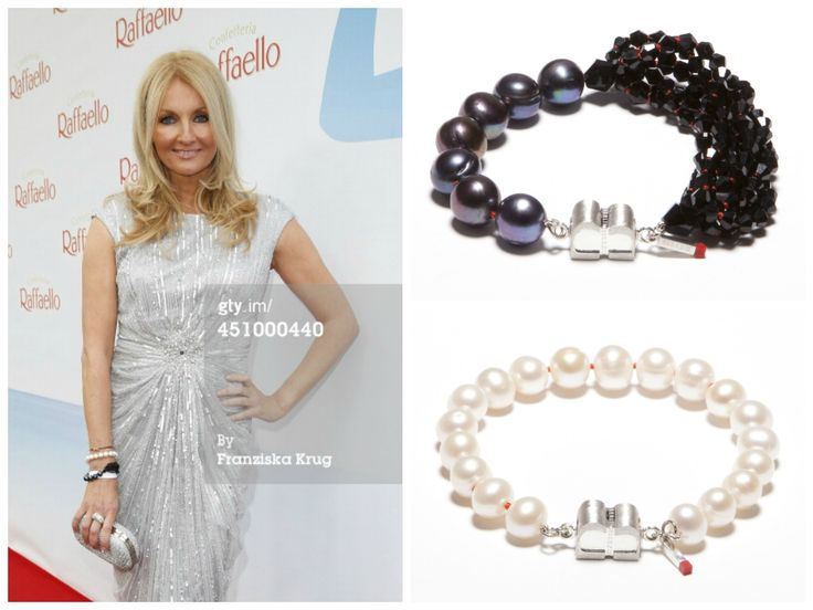 Frauke Ludowig is wearing a PURE White Pearls bracelet (http://www.cliccessory.com/en/collections/bisazo/pure/pure-weisse-perlen.html) and a SIGNATURE Crystal Love bracelet (http://www.cliccessory.com/en/collections/bisazo/signature/signature-crystal-night.html) from BISAZO.