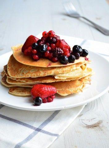 Boekweit pannenkoeken met rood fruit -