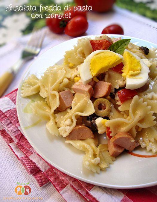 Insalata fredda di pasta con würstel http://blog.giallozafferano.it/graficareincucina/insalata-fredda-di-pasta-con-wurstel/