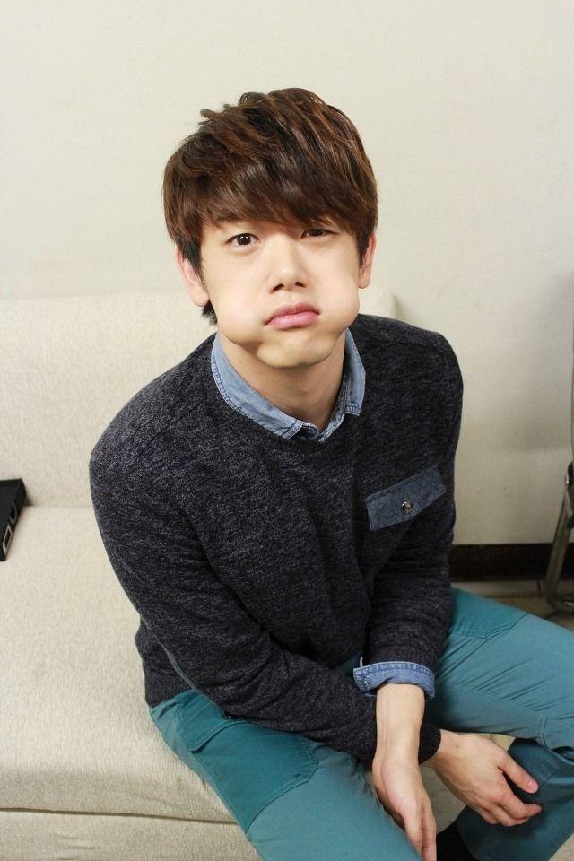 에릭 남 (Eric Nam) why you so cute >.< http://www.gurupop.com/event/107/67757275706f703336353833