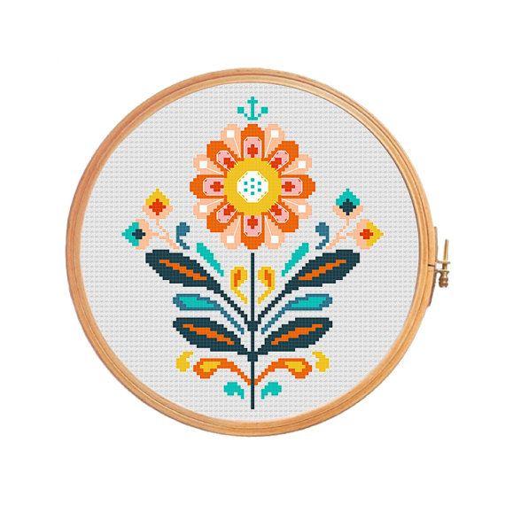 Traditional Polish folk flower - modern cross stitch pattern.  Floss: DMC Canvas: Aida 14 Grid Size: 79W x 94H Design Area: 5,50 x 6,57 (77 x