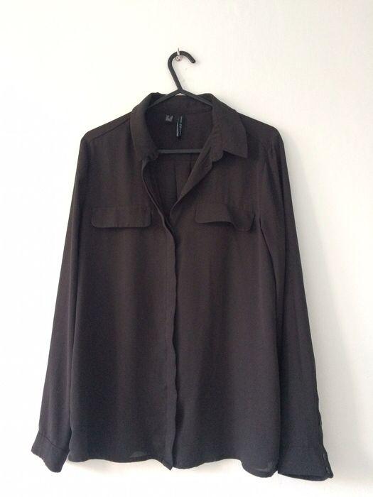Koszula czarna zwiewna Mango Basics XS 34 Mango z mojej szafy! Rozmiar 34 / 6 / XS za 19.00 zł. Zobacz: http://www.vinted.pl/damska-odziez/koszule/16708652-koszula-czarna-zwiewna-mango-basics-xs-34.