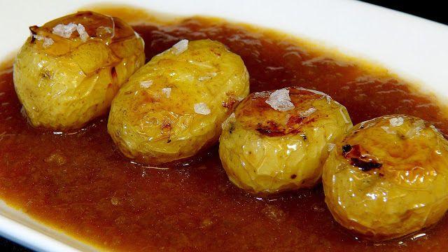 Patatas en salsa española