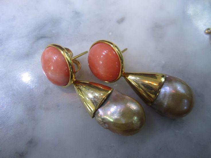 Ohrstecker - Ohrringe Koralle Ohrstecker Unikat Suedsee Perle - ein Designerstück von TOMKJustbe bei DaWanda