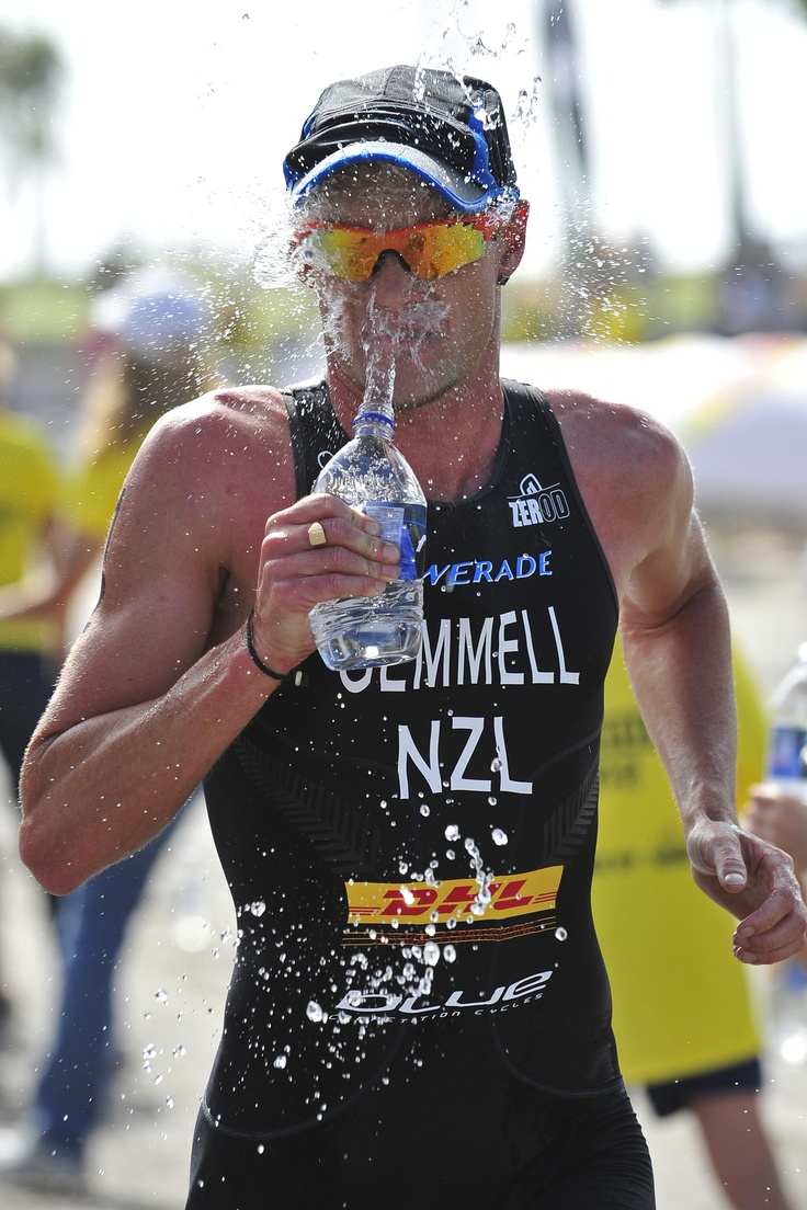Kris Gemmell goes for some hydration at the San Diego ITU World Triathlon Series. Photo courtesy of Rich Cruse