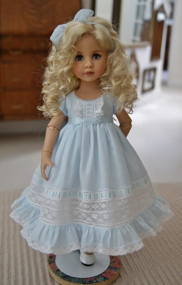 Anyone know what doll this is? She is beautiful!