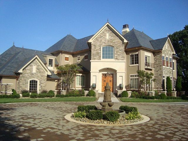 Dale Earnhardt Jr House | the front of dales house