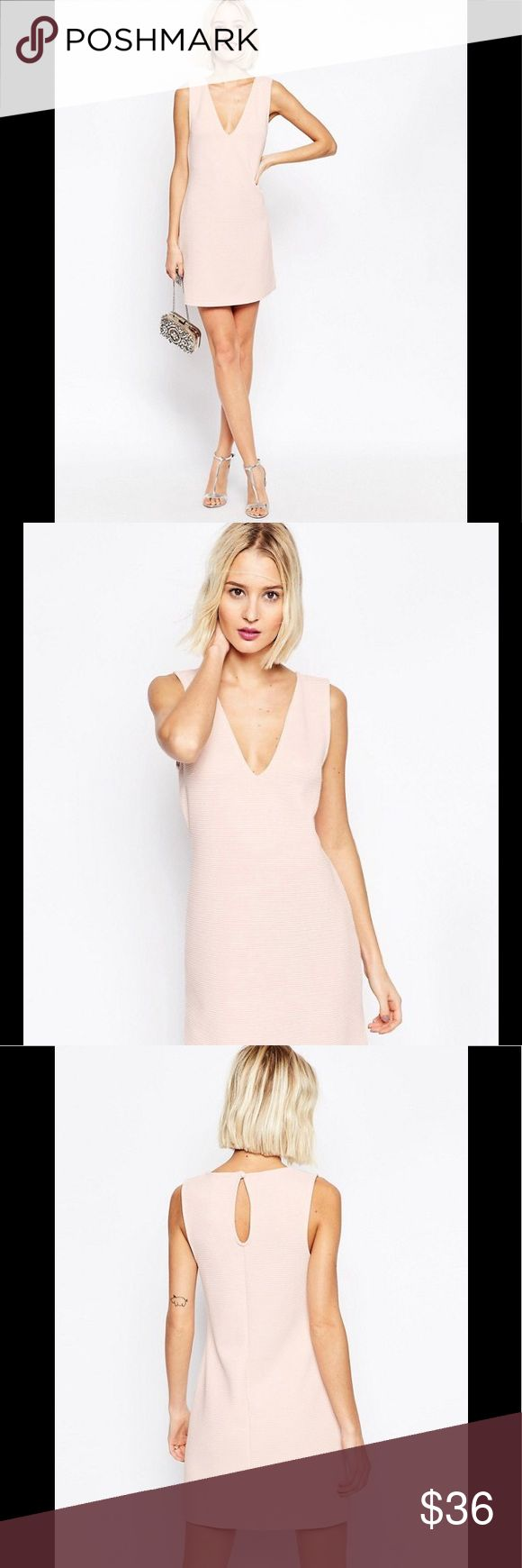 """ASOS PETITE Pink Shift Dress in Jumbo Rib w/ Vneck New With Tags 