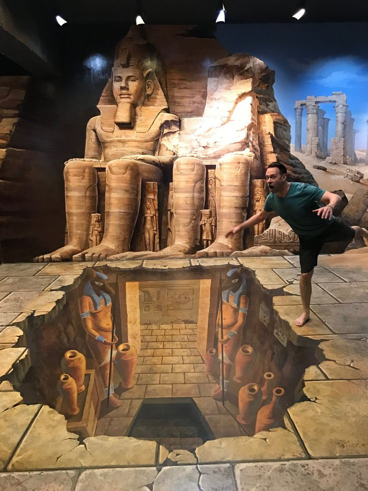 Photo opps galore at this museum of illusion art, where you can insert  yourself right into the 3D paintings.  The optical illusions that fill Art in Paradise will result in some of the  best (and funniest) photos of your entire trip to Chiang Mai  We've got tons of gorgeous photographs from o