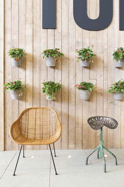 25 beste idee n over hangende bloempotten op pinterest hangende bloemenmanden - Voorbeeld van tuindecoratie ...