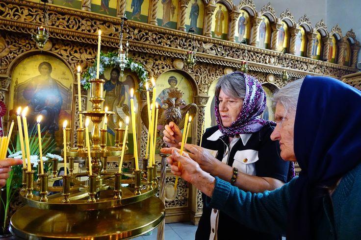 Πνευματικοί Λόγοι: Άγιος Παΐσιος Αγιορείτης: «Ένα κερί προσφέρουμε στ...