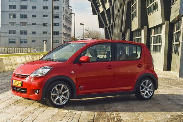 Daihatsu Sirion GT