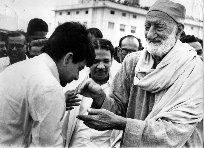 with Khan Abdul Gaffar Khan at the Meenambakkam airport