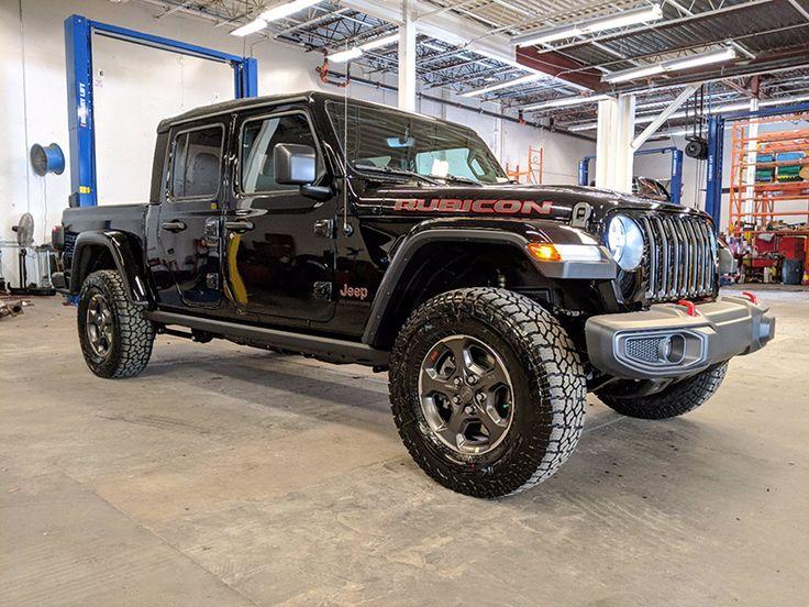 Jeep Gladiator Rubicon 4x4 2021 thông số, giá bán, khuyến
