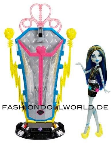 Freaky Fusion recharge chambre by Miss Monster High <3