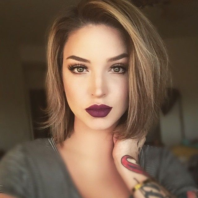 love the look from chocolate makeup to caramel hair color and short cut. edgy and clean