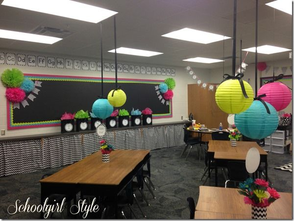 this is one of the cutest classrooms i have ever seen i am defiantly going to have to consider doing thiseasiest classroom decoration ever - Classroom Design Ideas