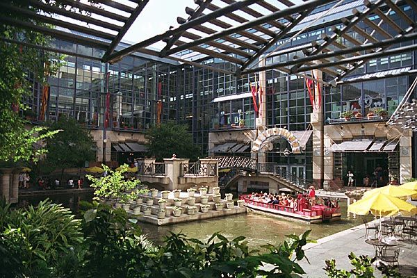 River Center Mall The River Walk San Antonio Tx San