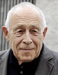 Heiner Geißler (* 3. März 1930 in Oberndorf am Neckar; † 12. September 2017 in Gleisweiler) war ein deutscher Politiker