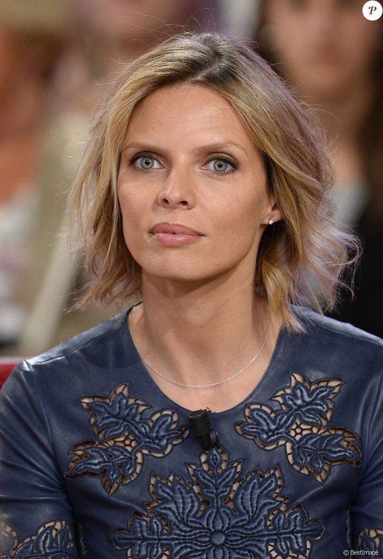"""Sylvie Tellier Enregistrement de l'émission """"Vivement Dimanche"""" à Paris le 29 avril 2015."""