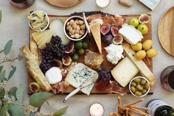 Сырная тарелка - состав и оформление