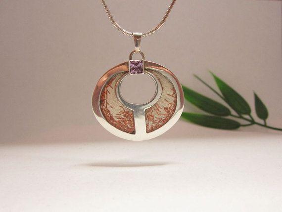 Zilveren hanger met ametehist, unicum van Karen Klein edelsmid