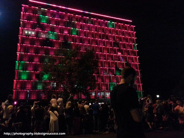 Council House lights up! http://photography.ktdesignsuccess.com/exposure-value-iso-christmas-parade/