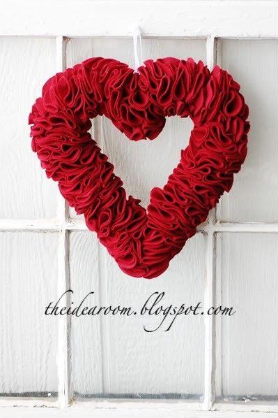 Valentines Day Wreaths, Valentines Felt Wreath, 2014 Valentine's Day Wreath Idea, 2014 Lover's Day Wreath