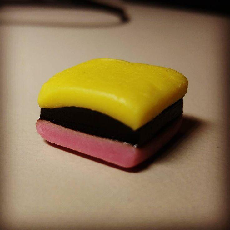 Seit wann gibt es zweifarbige Haribo-Lakritz-Konfekte?? #haribo #lakritz #konfekt #süßigkeiten