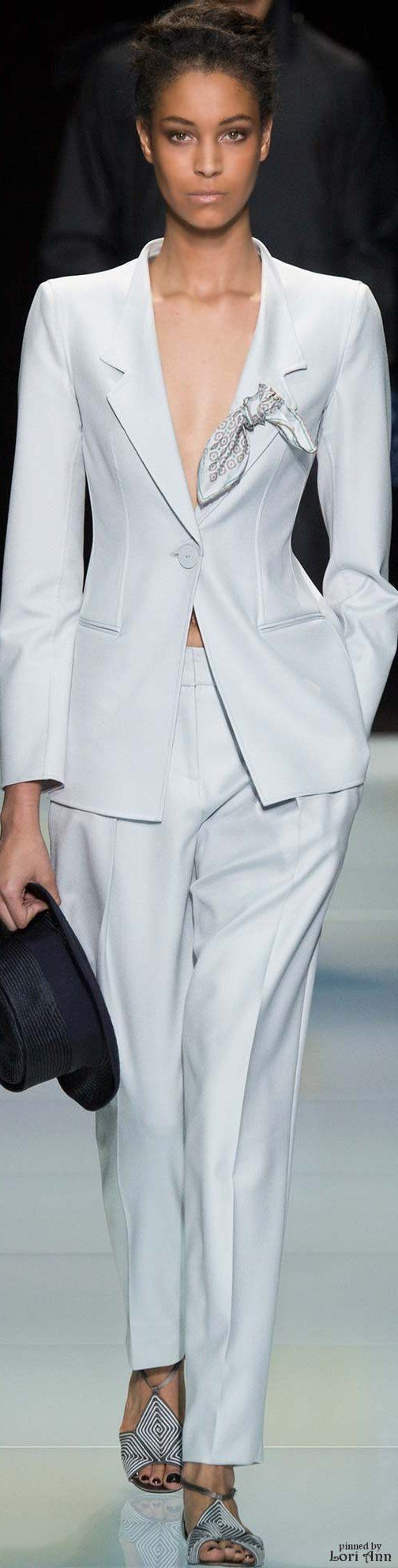 127 best suits images on Pinterest | Work outfits, Feminine fashion ...