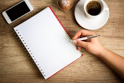 Savez-vous comment prendre des notes ? On vous propose des trucs et des astuces pour une bonne prise de notes !