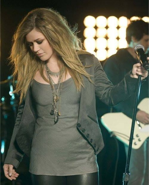 suck without u Kelly Clarkson See Through
